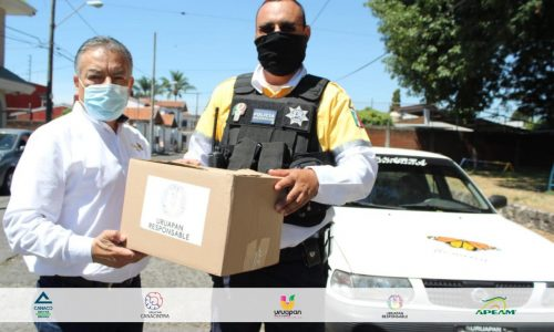 "Se entrega ""Canasta Alimentaria"" a más de 350 choferes de taxis"