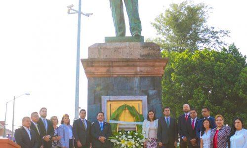 Victor Manriquez encabezó el 124 aniversario del natalicio del General Lázaro Cárdenas