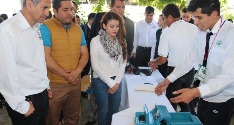 "Autoridades municipales inauguran ""Expo Empresarial Conalep 2018"""