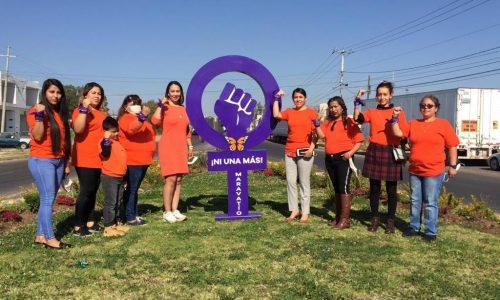Con un monumento, recuerdan a mujeres víctimas de violencia de género